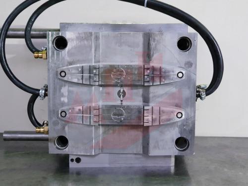 ALT- Пуансон пресс-формы для пластикового кронштейна - МПИ
